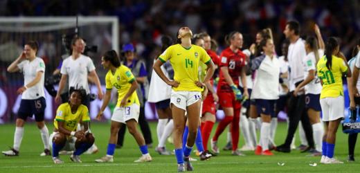 Seleção jogo bem, lutou, mas foi eliminada da Copa