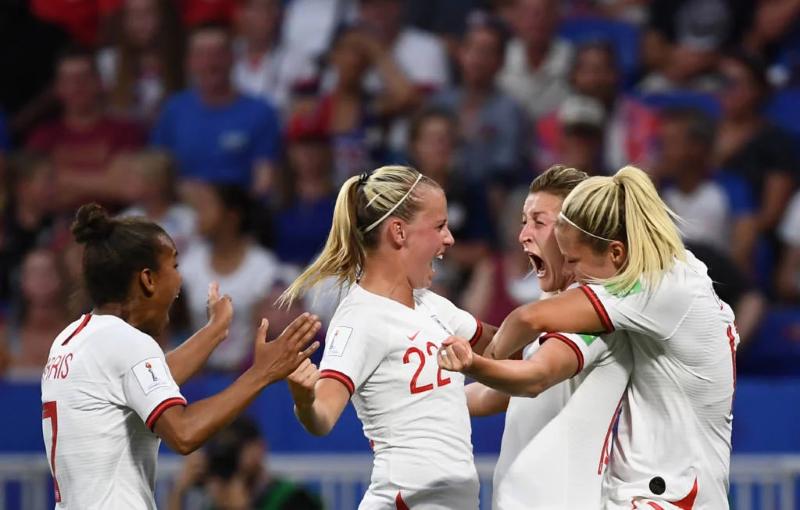 Inglaterra 1 x 2 Estados Unidos