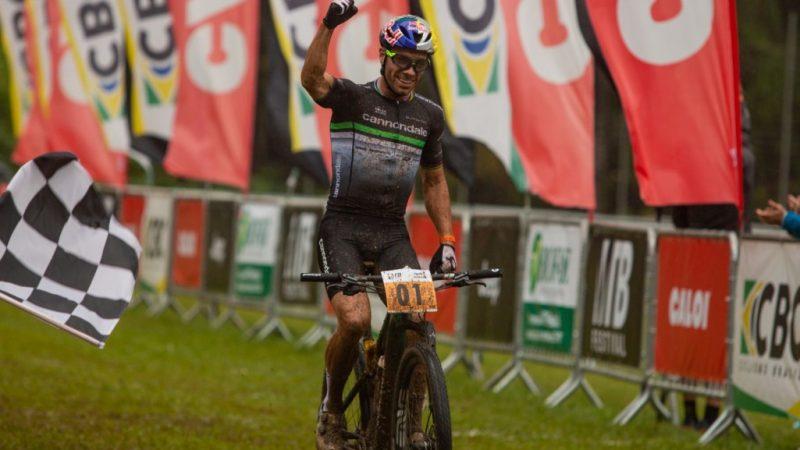 Brasileiro de MTB – Henrique Avancini vence o short track