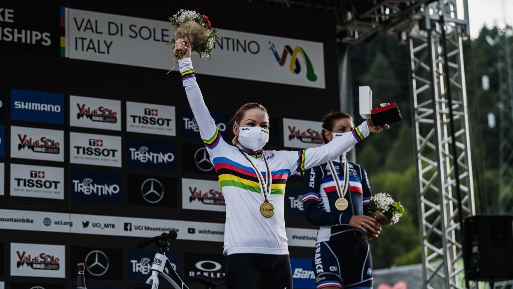 Mundial de Mountain Bike 2021 – Sina Frei é campeã mundial de XCC